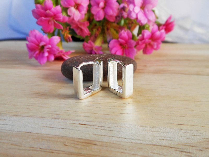 925 Sterling Silver Earrings, Unisex Earrings, Silver Flat Square Earrings 4mm Wide, Hug Earrings