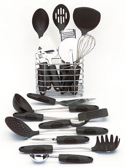 KTOOL17/00: Maxam 17pc Kitchen Tool Set in Wire Basket