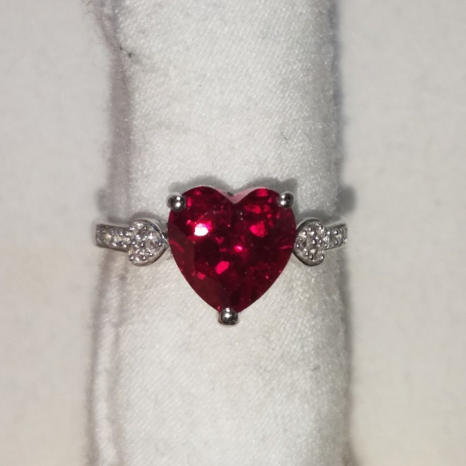 4.5 CARAT RUBY & DIAMOND Accent Size 7 Silver Ring. VALENTINE'S DAY GIFT
