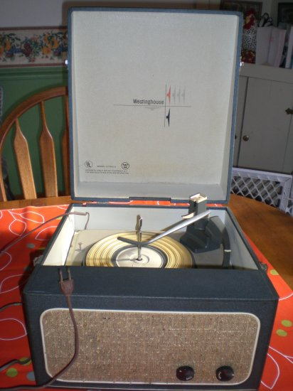 WestingHouse Vintage Record Player