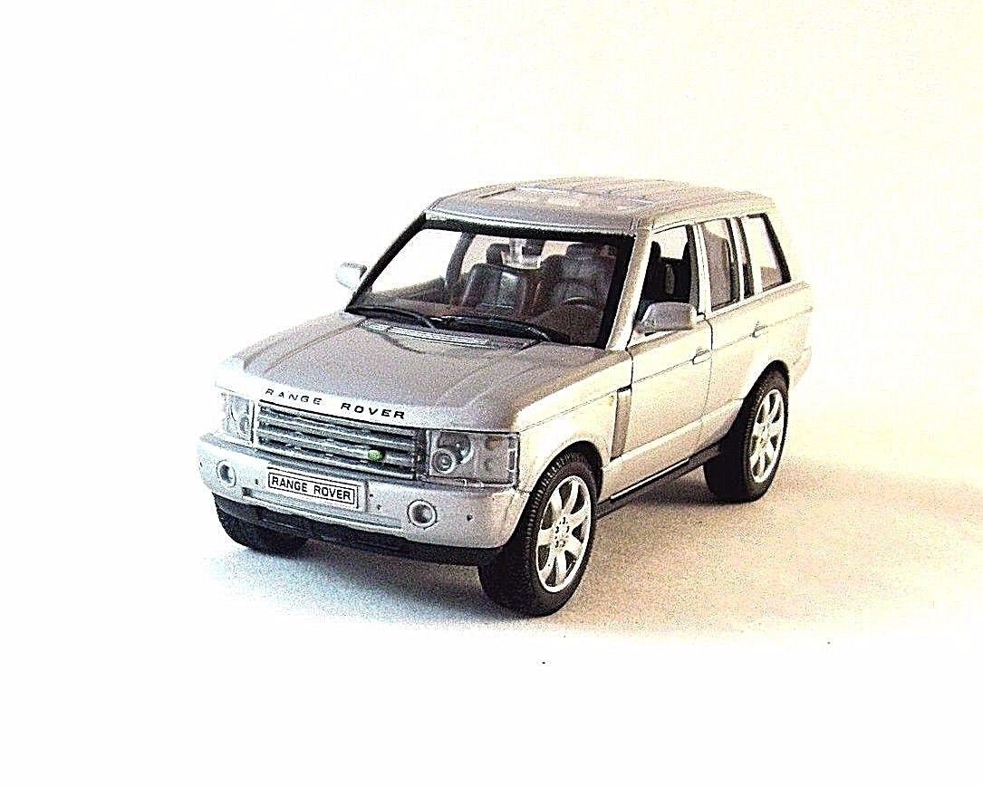 LAND ROVER RANGE ROVER, SILVER WELLY 1:32 DIECAST CAR COLLECTOR'S MODEL, NEW