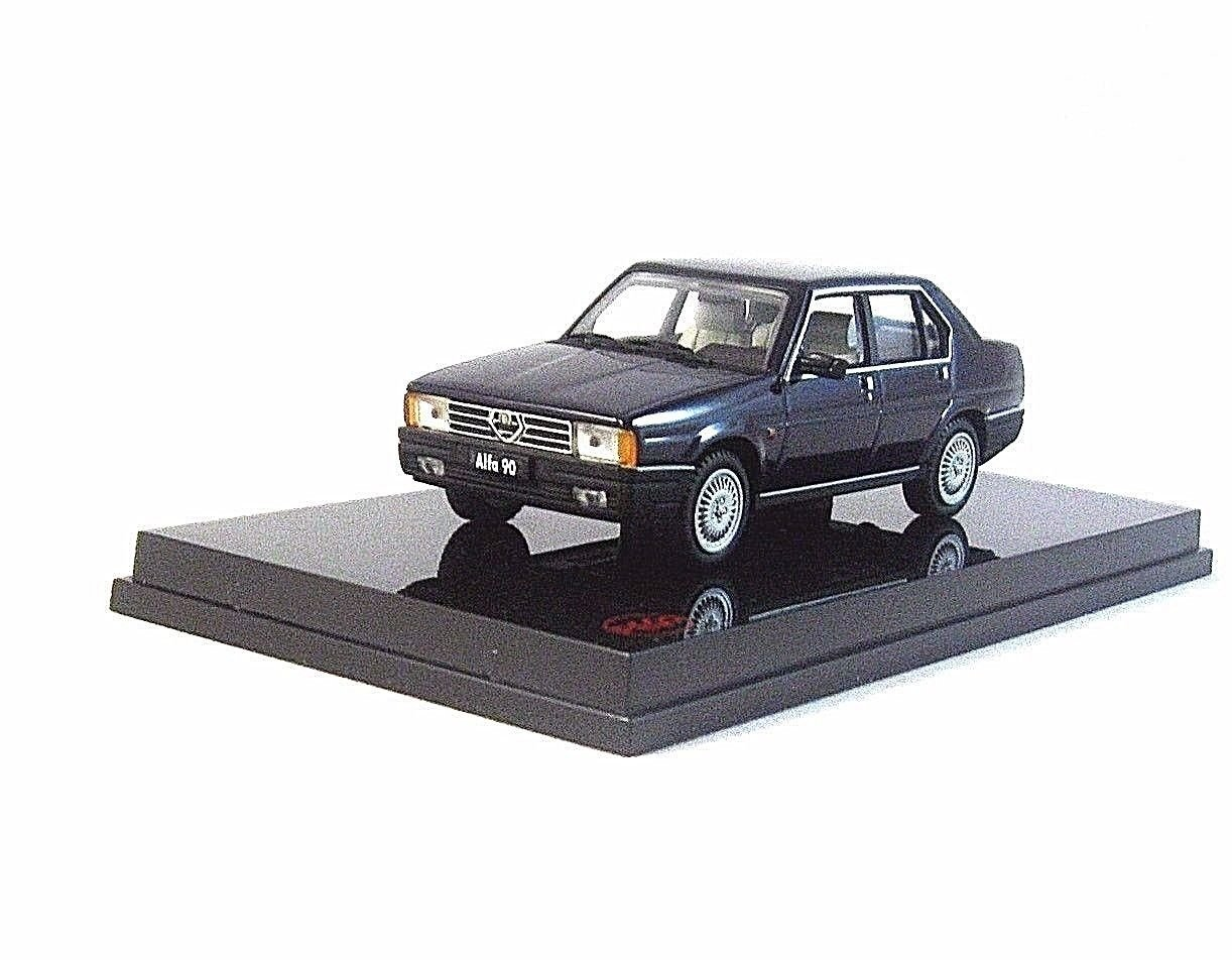 ALFA ROMEO-90 BERLINA 1.8 DARK PURPLE PEGO1/43 DIECAST CAR COLLECTOR'S MODEL,NEW