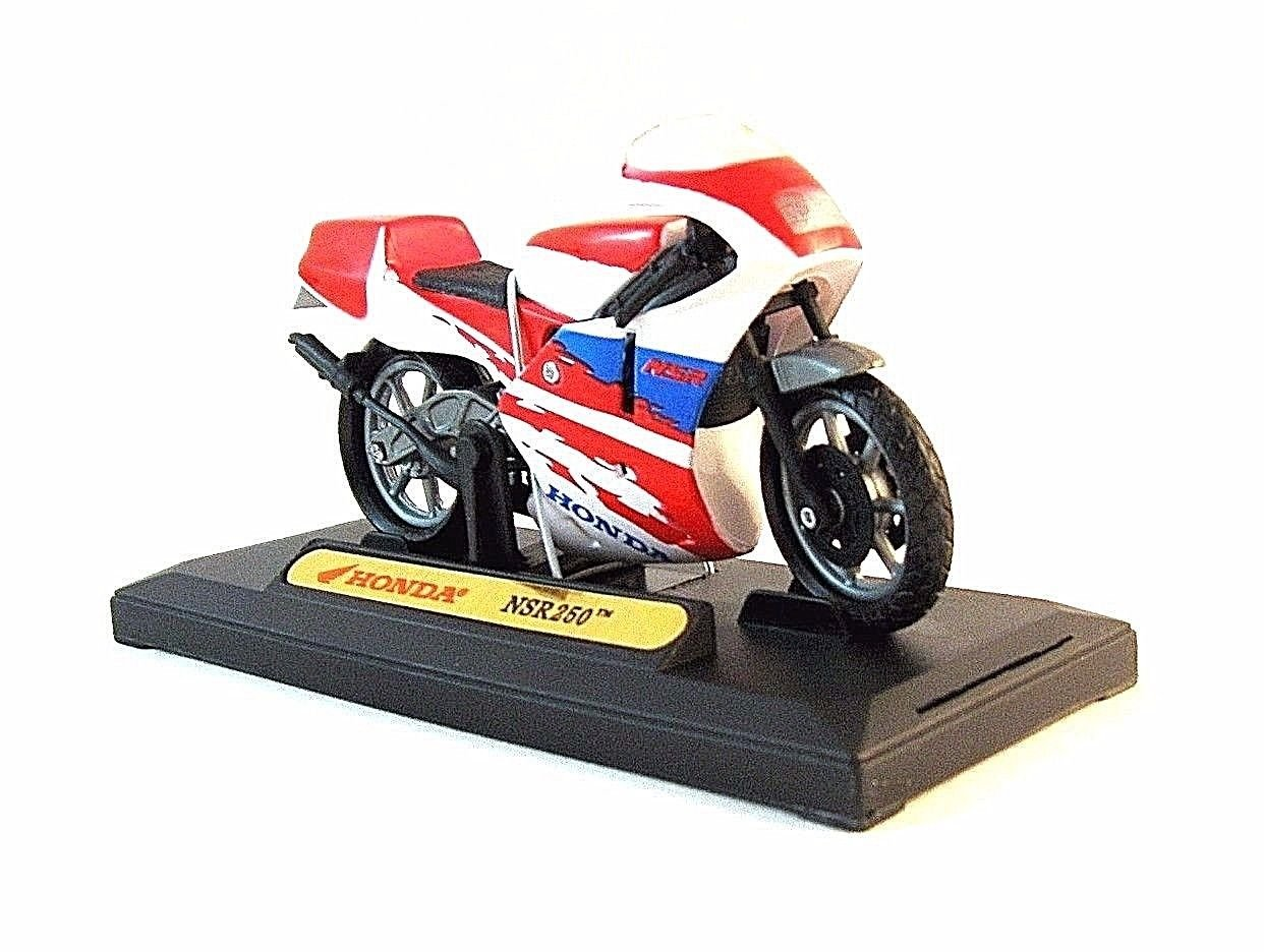 HONDA NSR 250 RED/WHITE DIECAST MOTORMAX 1:18  MOTORCYCLE COLLECTOR'S MODEL, NEW