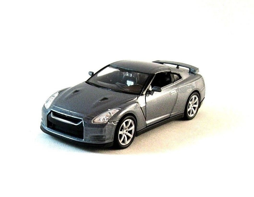 NISSAN GT-R METALLIC GRAY WELLY 1/38 DIECAST SPORT CAR COLLECTOR'S MODEL , NEW