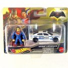 SUPERMAN AND METROPOLIS PD,(CAR+FIGURE) HOTWHEELS 1:64 DIECAST CAR MODEL New