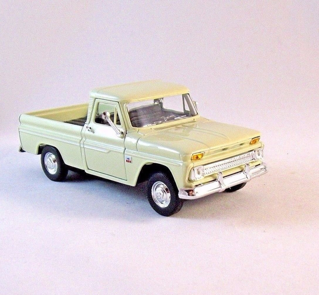 1966 CHEVROLET C10 PICK-UP TRUCK OFF-WHITE WELLY 1/32 DIECAST CAR MODEL , NEW