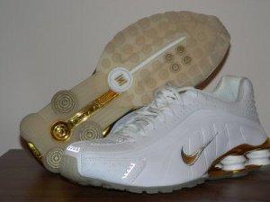 Golden White Nike Mens Shox R4 10.5
