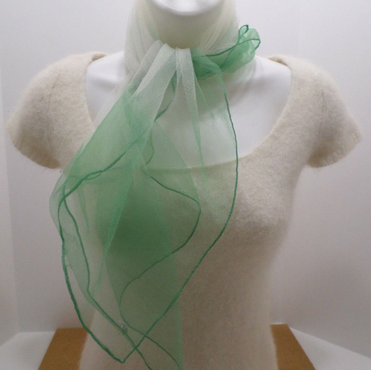Vintage Green White Scarf 100% Nylon Made in Japan 27 x 26 WPL10360