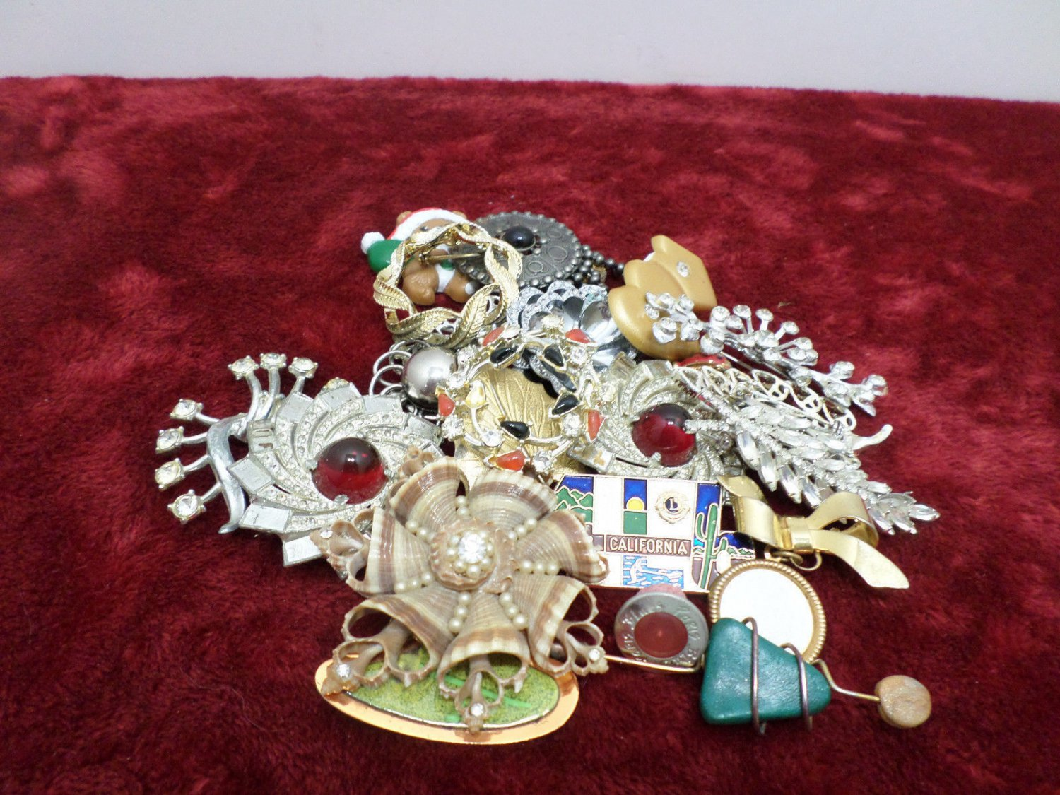 Jewelry for Part or Repair Brooches and Pins