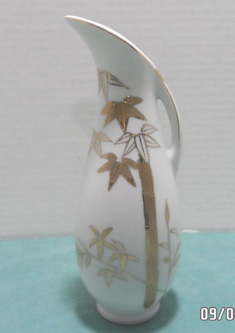 Pitcher White Porcelain with Gold Bamboo Stalks Design made in Japan
