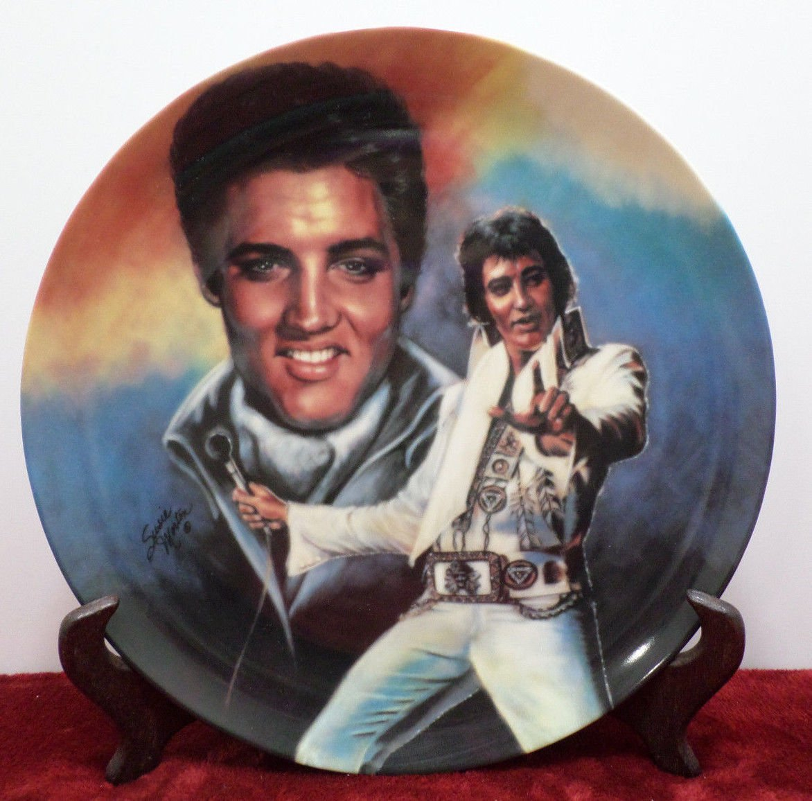 Collector Plate a Commemorative to Elvis Presley Bradford Exchange