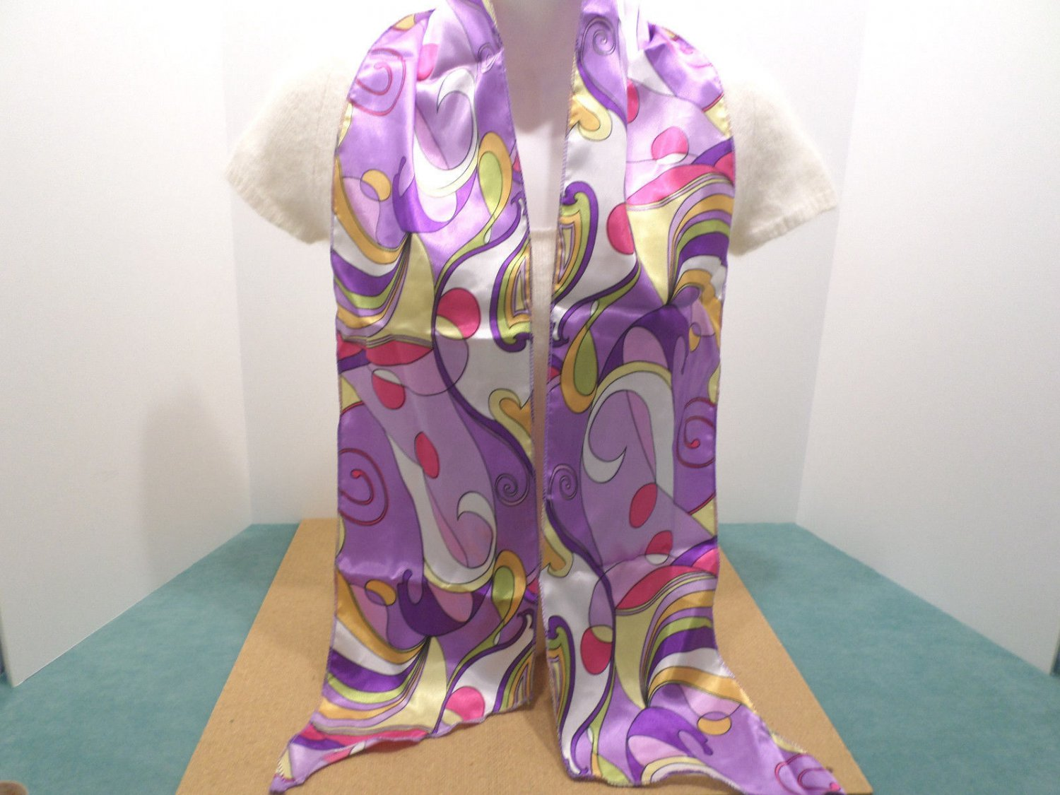Vintage Womens Scarf Wrap 100% Polyester Purple Pink and Yellow