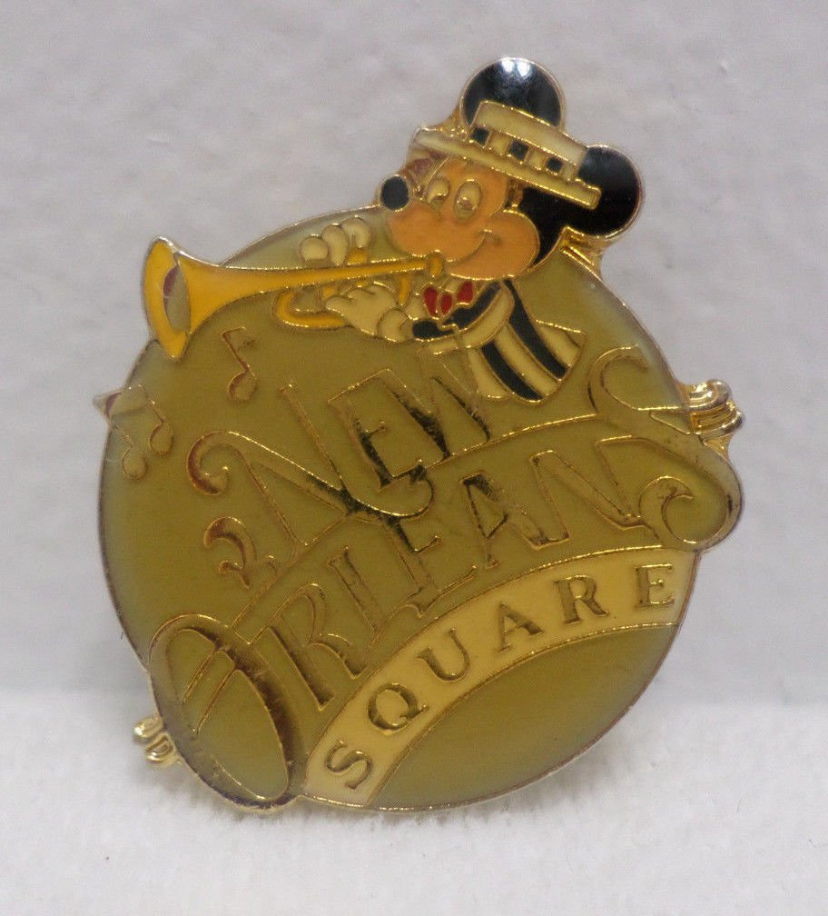 Vintage Lapel Pin Walt Disney New Orleans Square Mickey Mouse Pin Taiwan