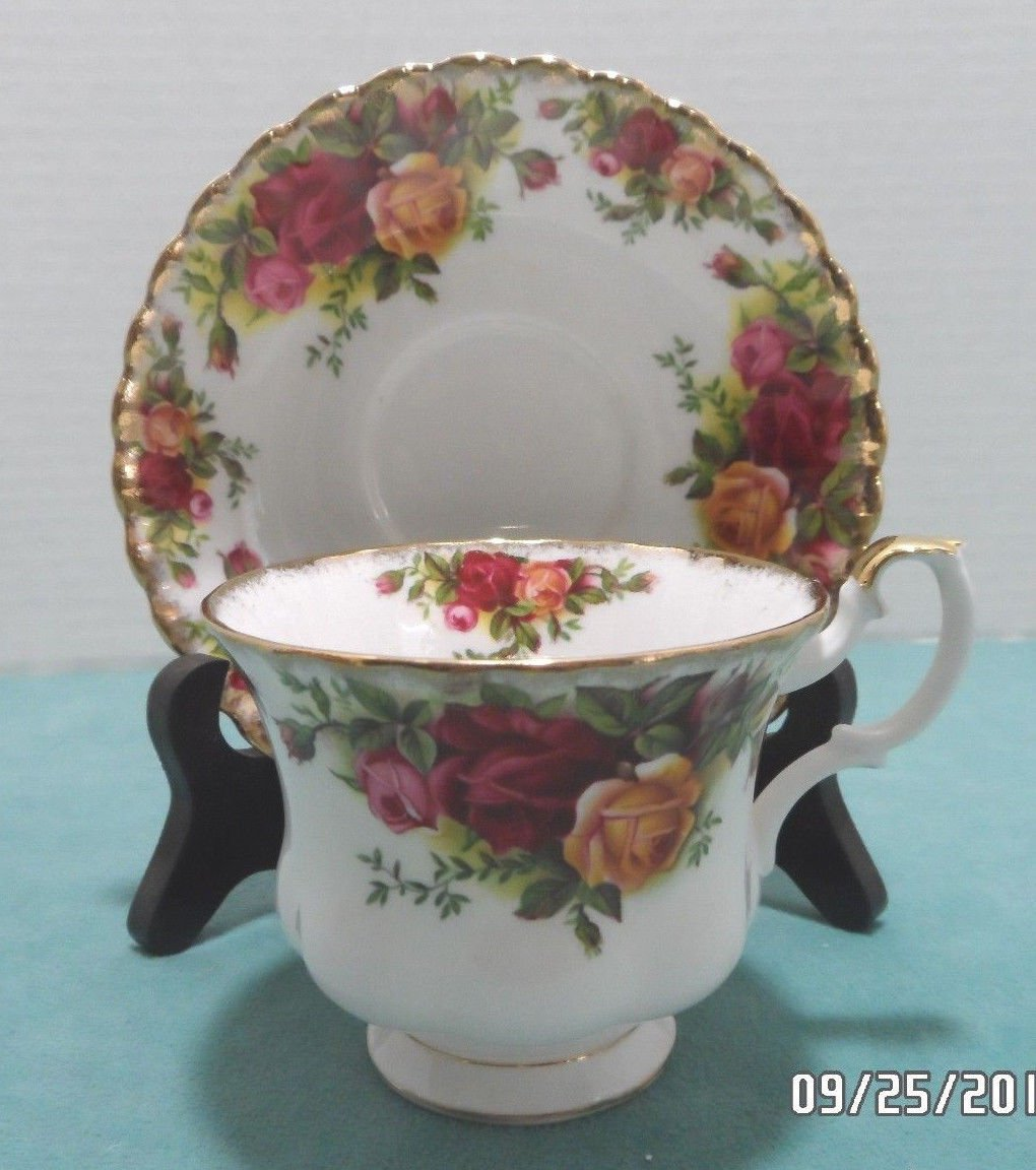 Royal Albert Tea Cup and Saucer in the Old Counrty Roses Pattern made in England