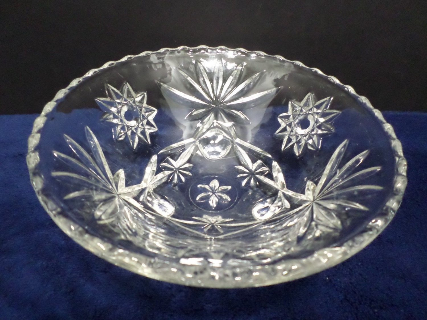 Candy Dish with Three Feet Early American Prescut Star of David Anchor Hocking