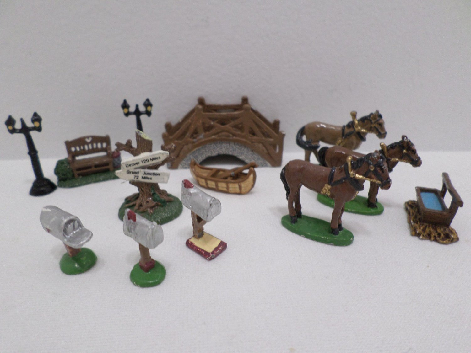 Christmas Village Figurines Accessories Horses Miniature Pewter 96-99 IRS China