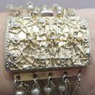 Bracelet Gold Tone Metal With Faux Pearls