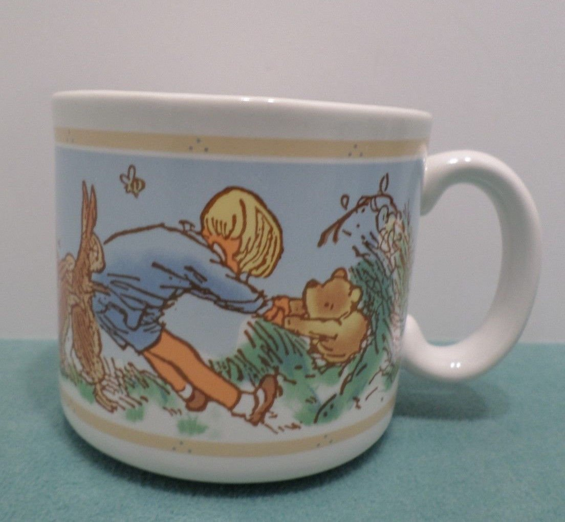 Walt Disney Collector Mug Cup Winnie the Pooh by Carpente made in Taiwan