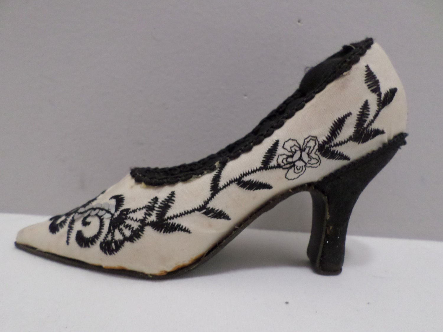Vintage Ring Holder Victorian Style Shoe
