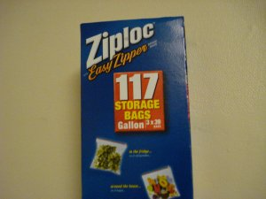 Ziploc Easy Zipper 1 gallon bags (117 bags)