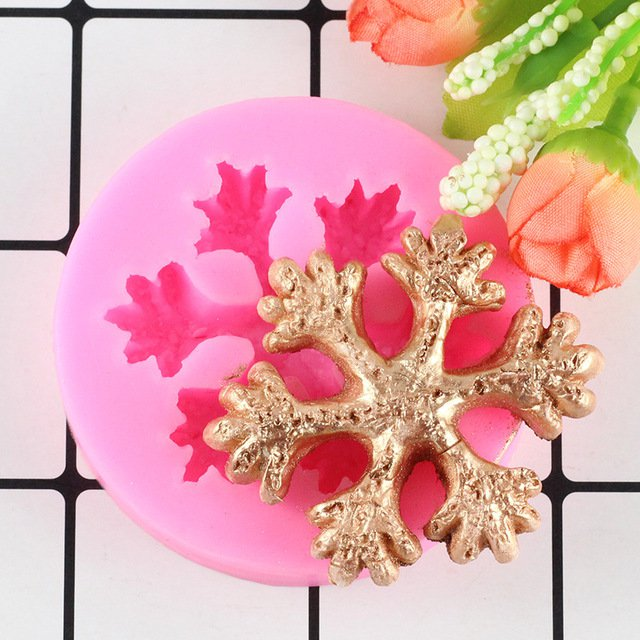 1 Pcs 3D Christmas Snowflake Shape Silicone Molds Fondant Chocolate Cookie Mold