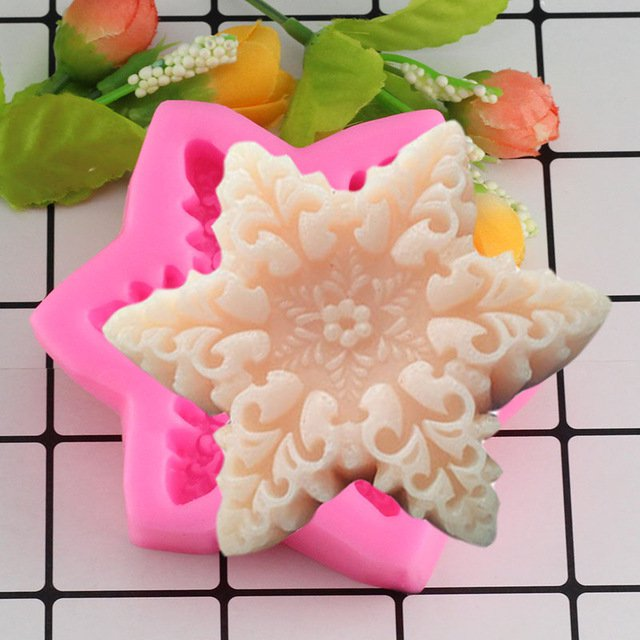1 Pcs Silicone Mold 3D Snow Flake Form Chocolate Candy Jello Soap Mold Cake Decoration Mould