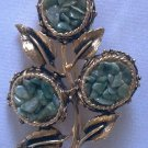 VINTAGE FLORAL BRUSHED GOLD & CHIP JADE STYLE BROOCH