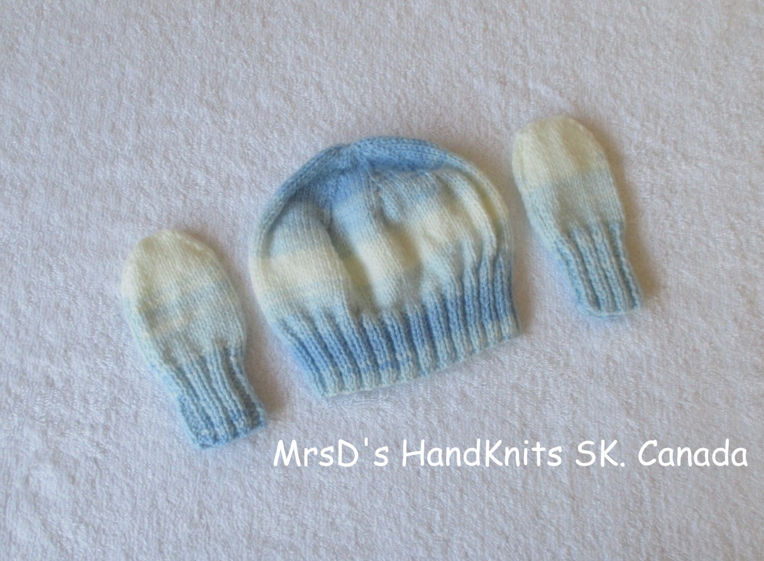 Handknit Baby Hat & Mittens in Shades of Bue and White