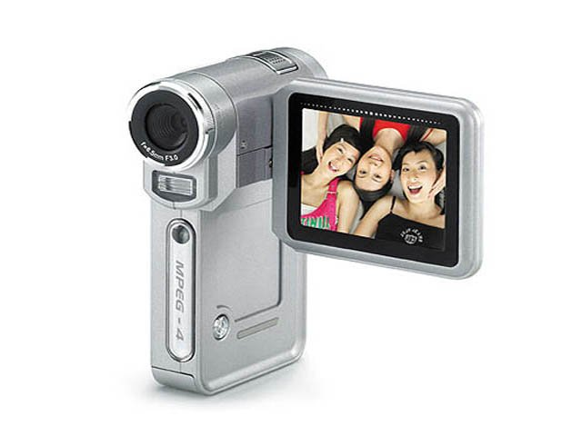12MP Digital Video Camera with MP3 / MP4