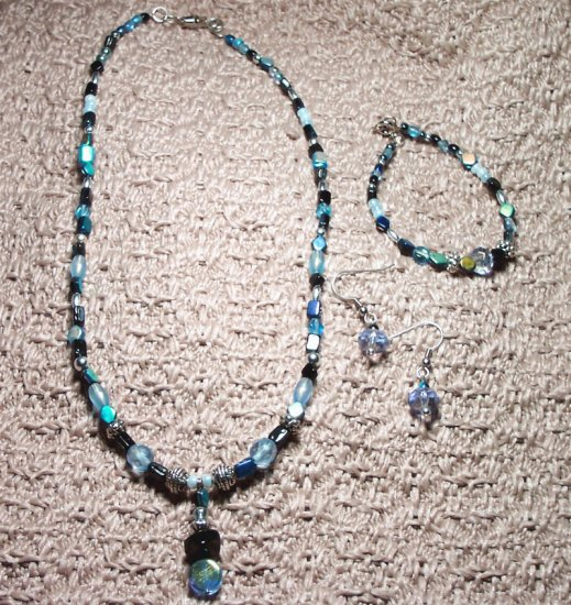 Pearlescent Shades of Blue Set