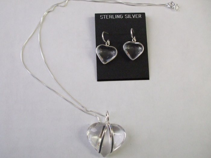 Beautiful Quartz Heart Necklace And Earring Set