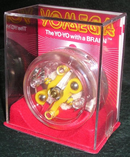 Vintage YO-YO With A BRAIN Yomega With Show Case 1985