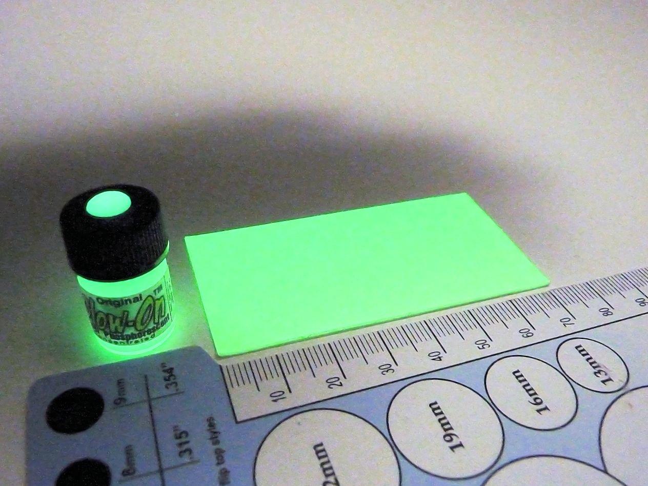 Glow-On® Glow Night Sights Kit, Paint & Film 2. 3ml paint +7 x 3.3cm Glow Film