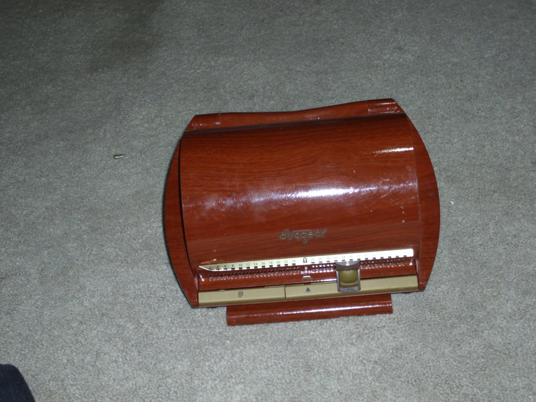 Discgear Wood Grain CD DVD Holder Case 50