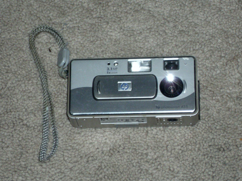 HP Photosmart 435 Digital Camera 3.1 Mega Pixels