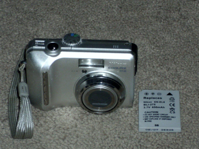 Nikon CoolPix P2 Digital Camera 5.1 Mega Pixels