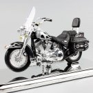Harley 2002 FLSTC Heritage Softail Classic 1:18 Die Cast Metal Motorcycle Model