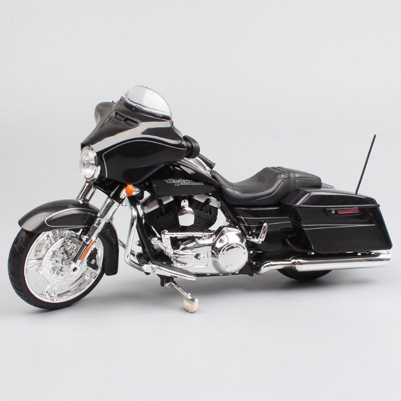 Harley FLHX 2015 Street Glide Special 1:18 Die Cast Metal Motorcycle Model