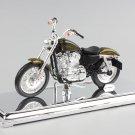 Harley 2013 XL1200V Seventy-Two 1:18 Die Cast Metal Motorcycle Model