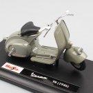 Piaggio Vespa 98 1946 1:18 Die Cast Metal Motorcycle Model Miniature