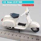 Vespa 125 GT 1966 White 1:18 Die Cast Metal Motorcycle Model Miniature