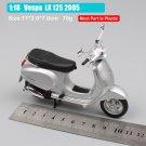 Vespa LX 125 2005 Silver 1:18 Die Cast Metal Motorcycle Model Miniature