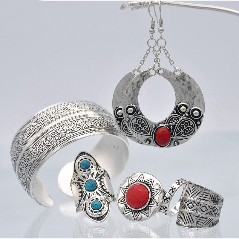 New Antique Silver Plated Jewelry Set With Earring Ring Bracelet Set for Woman