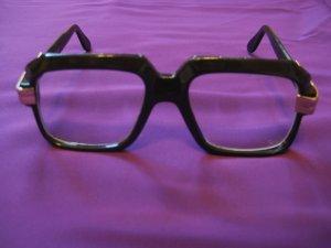 Sybil Trelawny glasses