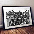 Kiss 13 x 19 Inch Canvas Poster Fine Art Black And White Landscape Print Unframed