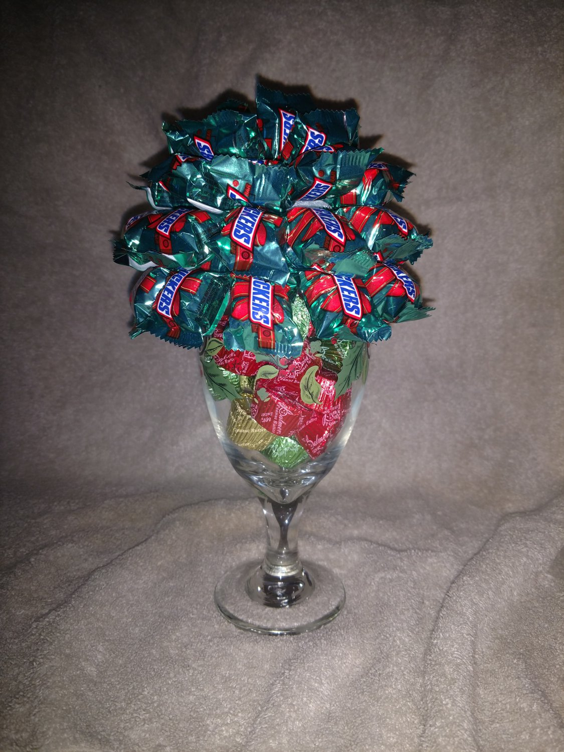 Miniature Snickers Christmas Goblet Bouquet