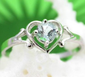 Brand 'LIYING' 925 Sterling Silver Ring with Nature Light Blue Diamond