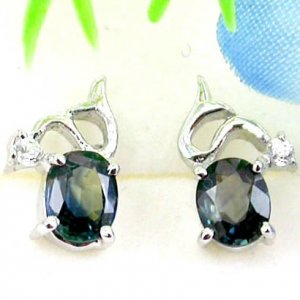 Brand 'LIYING' 925 Sterling Silver Earrings with Nature Emerald