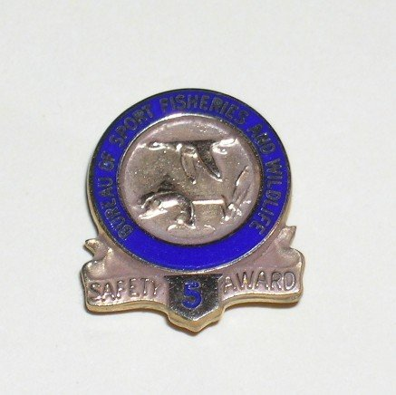 Bureau of Sport Fisheries and Wildlife 5 year Safety Award tie tack gold US Fish & Wildlife Service