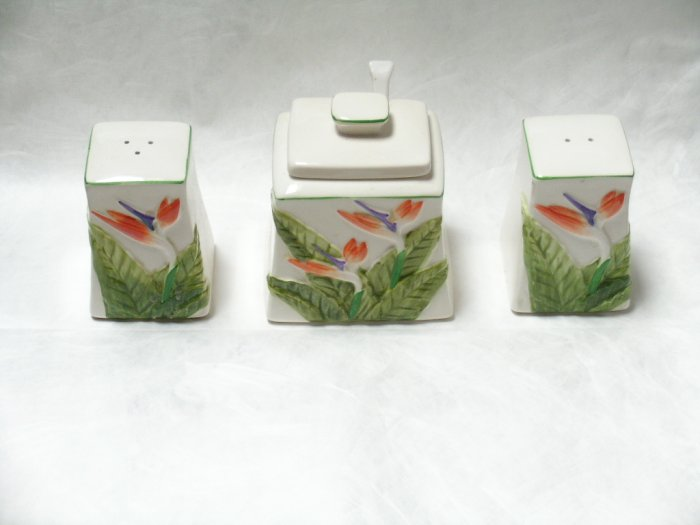 Otagiri Japan ceramic salt pepper sugar set flowers